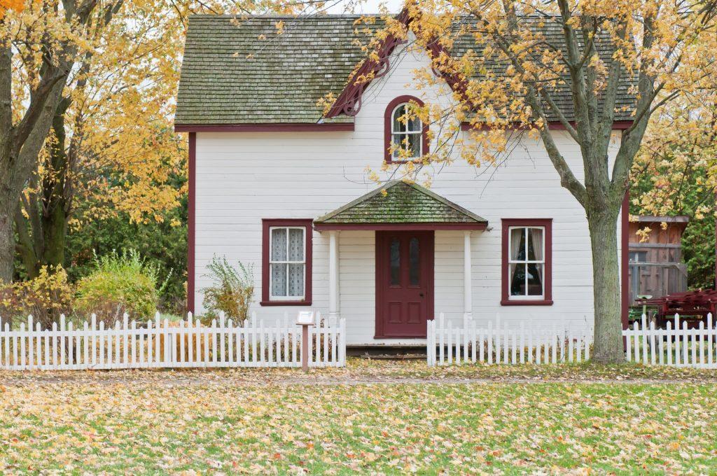 Real_Estate_by_Scott_Webb